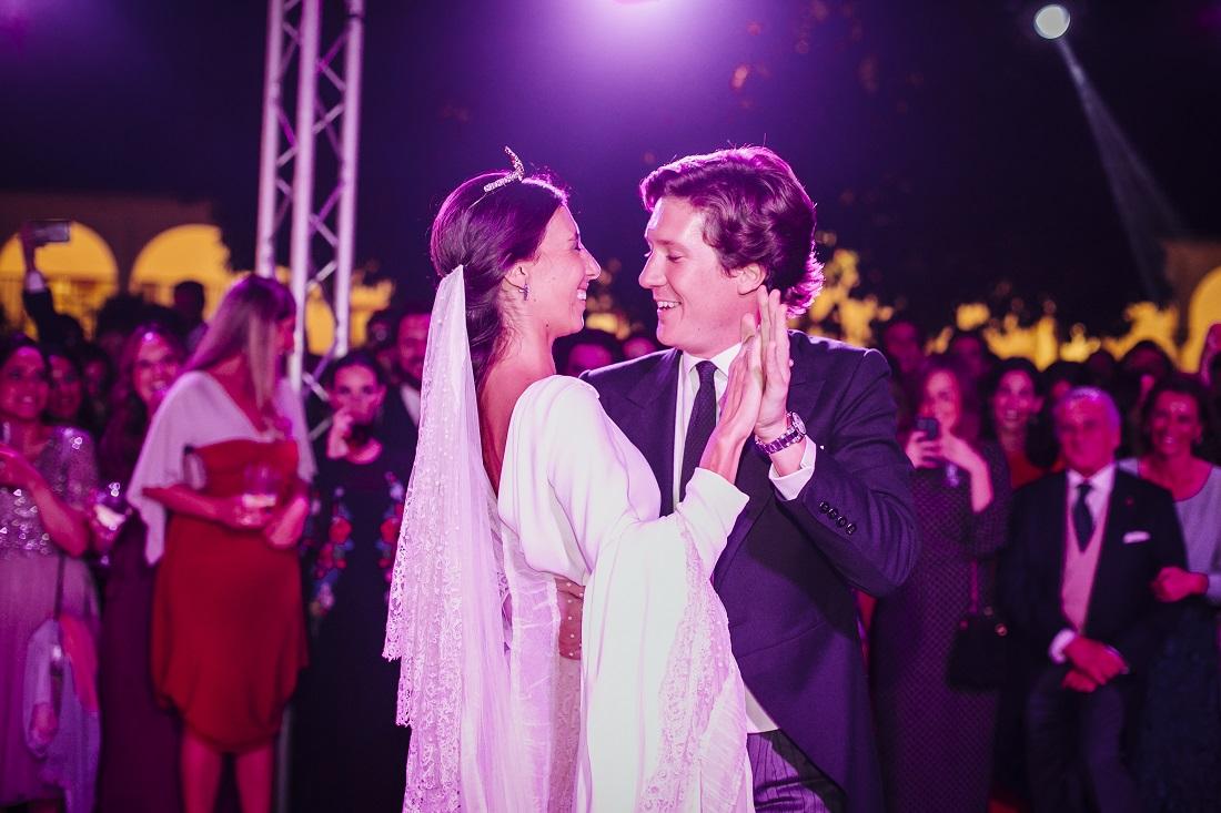 La boda de José y Carlota en Sevilla | Sole Alonso