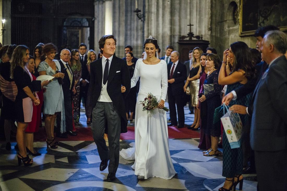 La boda de José y Carlota en Sevilla